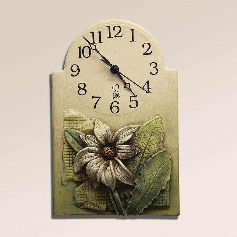 Hodiny na zeď Hodiny na stěnu z keramiky - květinový motiv 145482 autorské hodiny Designové hodiny