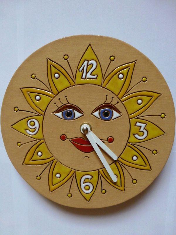 Hodiny na zeď Keramické hodiny - motiv slunce 145072 autorské hodiny Designové hodiny
