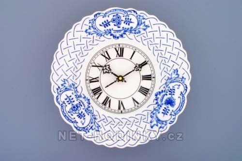 Nástěnné hodiny porcelánové - reliéfní cibulový dekor 145275 Hodinářství