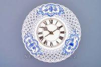 Hodiny na zeď Nástěnné porcelánové hodiny prolamované cibulový dekor 145274 Designové hodiny