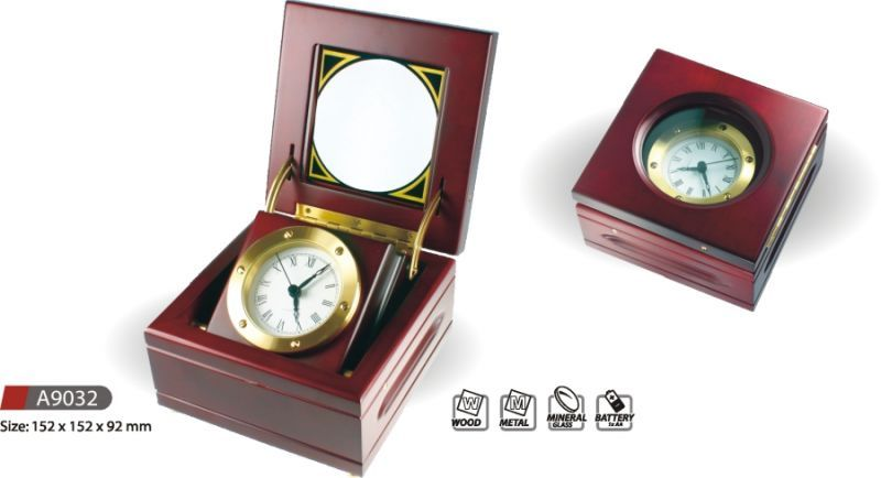 Hodiny na zeď Stolní hodiny dárkové A9032 145597 MPM Quality Designové hodiny
