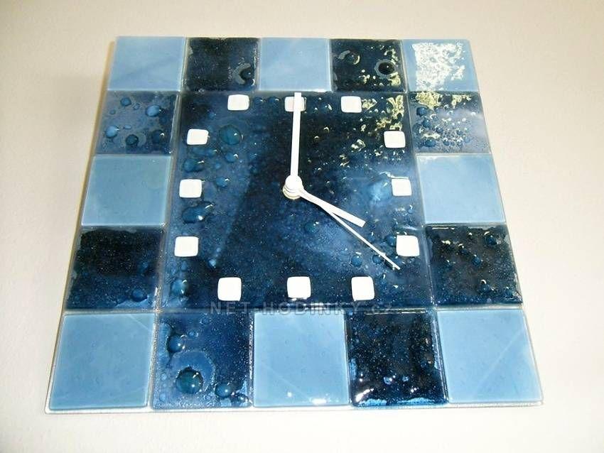 autorské hodiny Čtvercové fusingové skleněné nástěnné hodiny modré české ruční výroby 150861