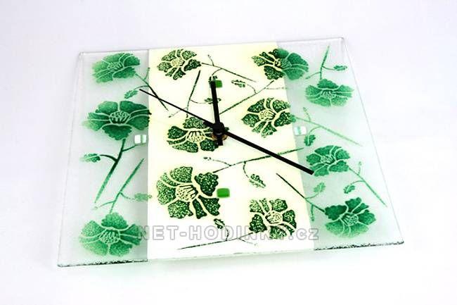 autorské hodiny Čtvercové fusingové skleněné nástěnné hodiny se sypaným vzorem ruční výroby 150523
