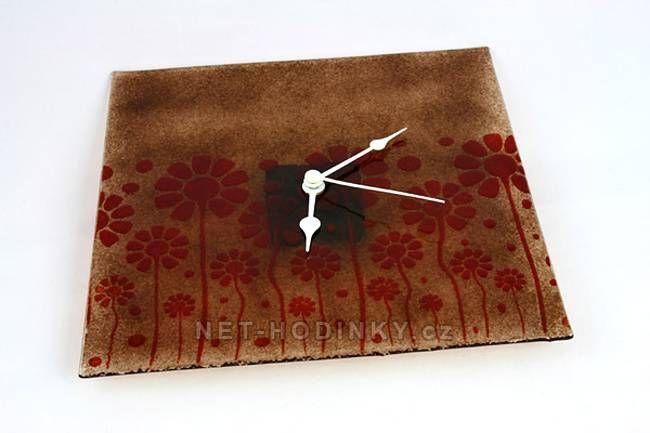 autorské hodiny Čtvercové fusingové skleněné nástěnné hodiny se sypaným vzorem ruční výroby 150525