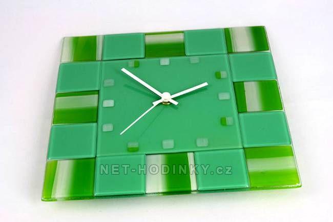 autorské hodiny Fusingové skleněné nástěnné hodiny zelené 150513
