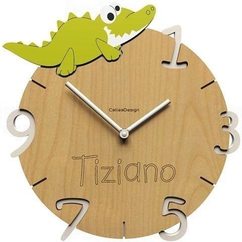 Dětské nástěnné hodiny s vlastním jménem CalleaDesign krokodýl 36cm 163511