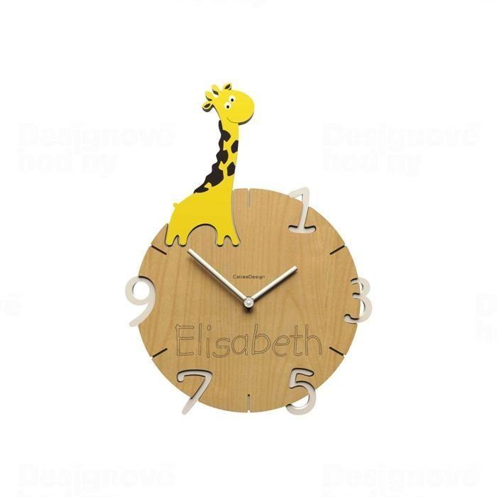 Dětské nástěnné hodiny s vlastním jménem CalleaDesign žirafa 36cm 163515