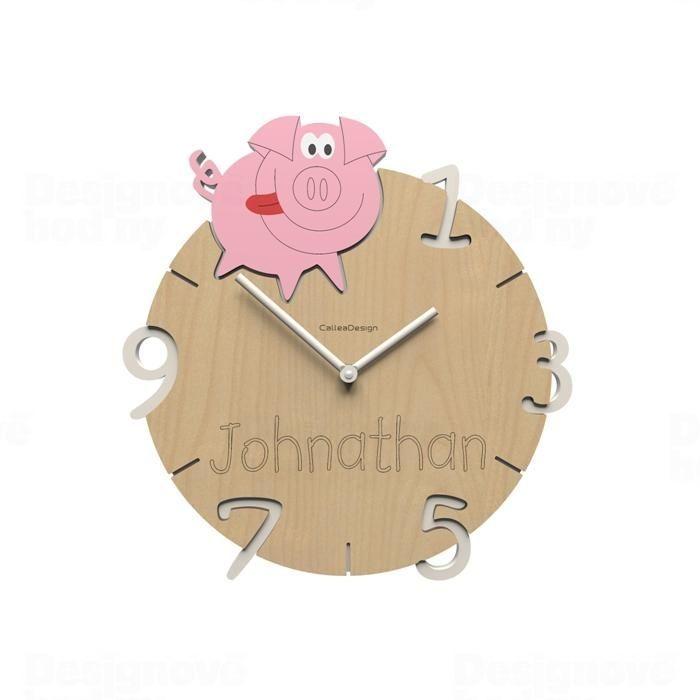 Dětské nástěnné hodiny s vlastním jménem CalleaDesign prase 36cm 163518