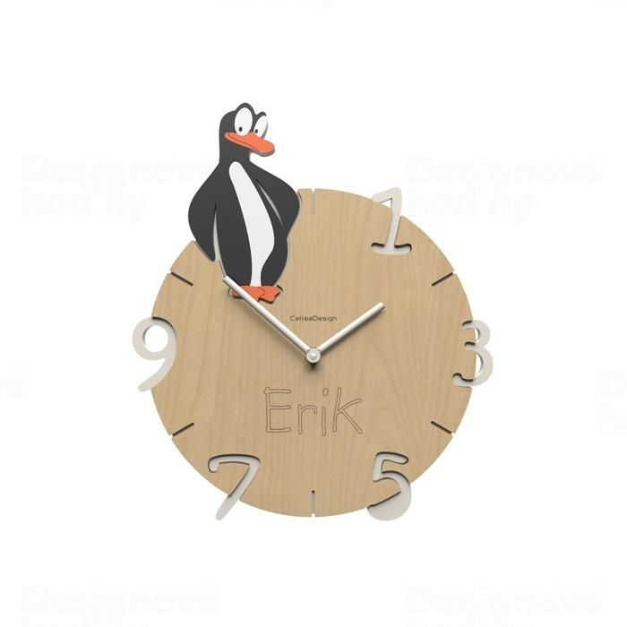 Dětské nástěnné hodiny s vlastním jménem CalleaDesign tučňák 36cm 163522