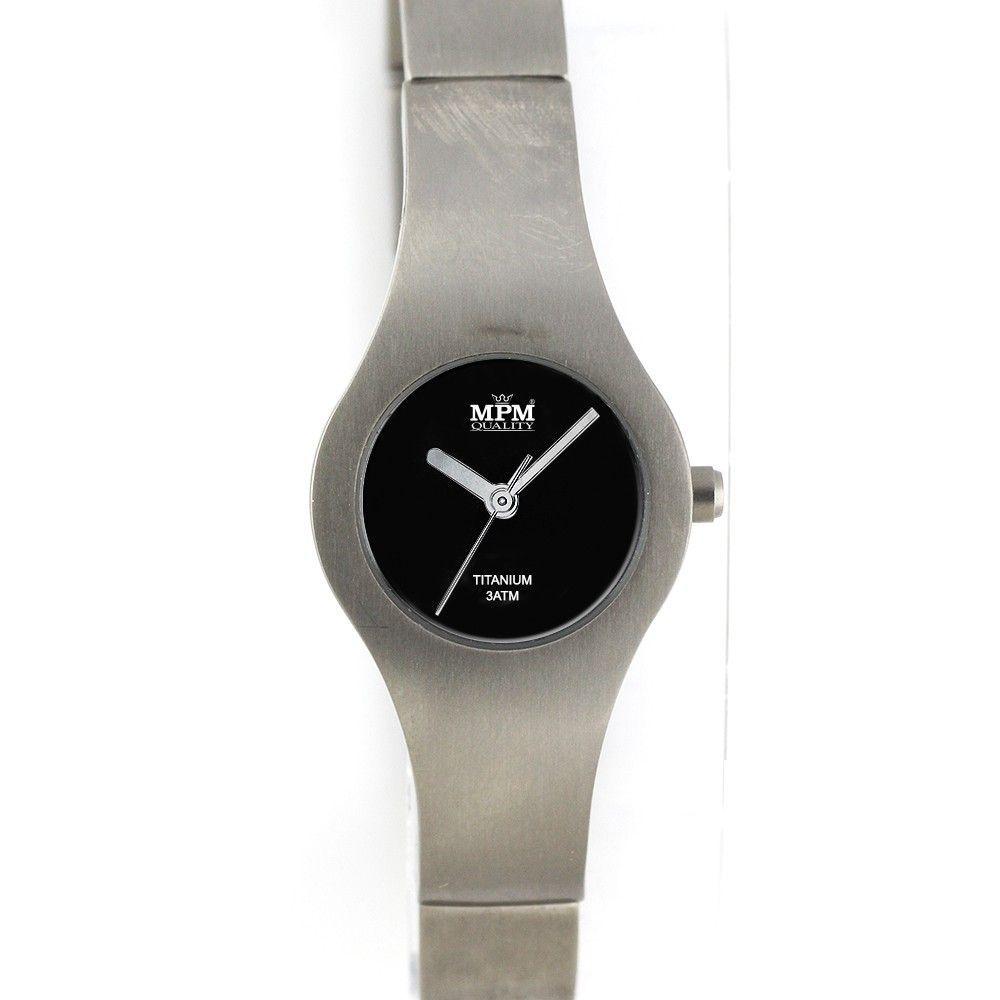 Minimalistické dámské hodinky s titanovým pouzdrem.0199 170587 Hodiny