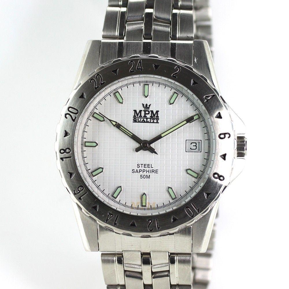 Sportovní hodinky s otočnou lunetou a reliéfním číselníkem..0318 170703 Hodiny