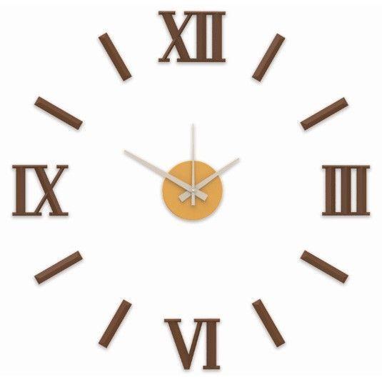 Nový originální design nástěnných nalepovacích hodin. Plně tvarované číslice a indexy v luxusní stříbrné barvě. .01310 171423 Hodiny